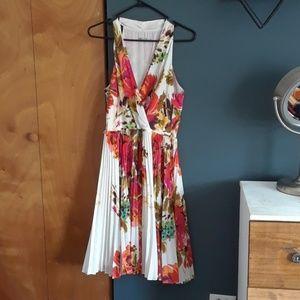 Eliza J gorgeous dress